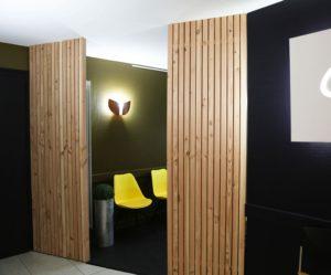 aménagement d'une salle d'attente dans un cabinet dentaire